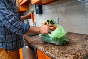 Ecosafe Green | Zero waste - taking produce out of bag